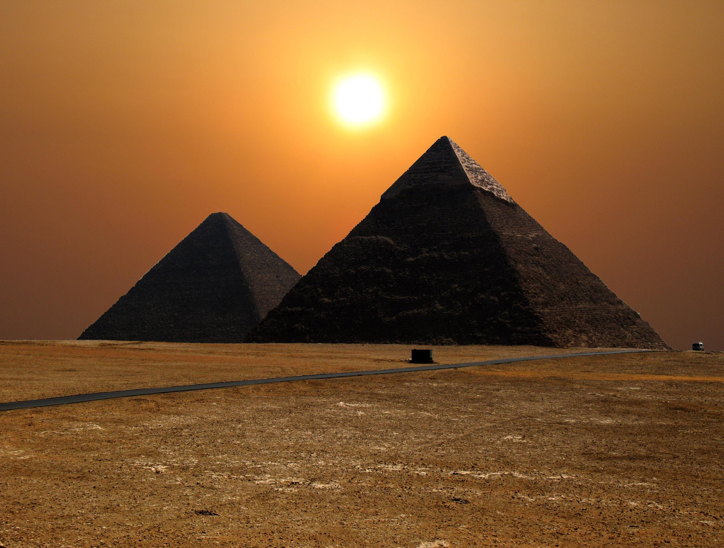 إدارة  الأزمات في المشهد المصري في 30 يونيو