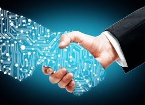 مستقبل المنظمات والصراع بين الإنسان والآلة